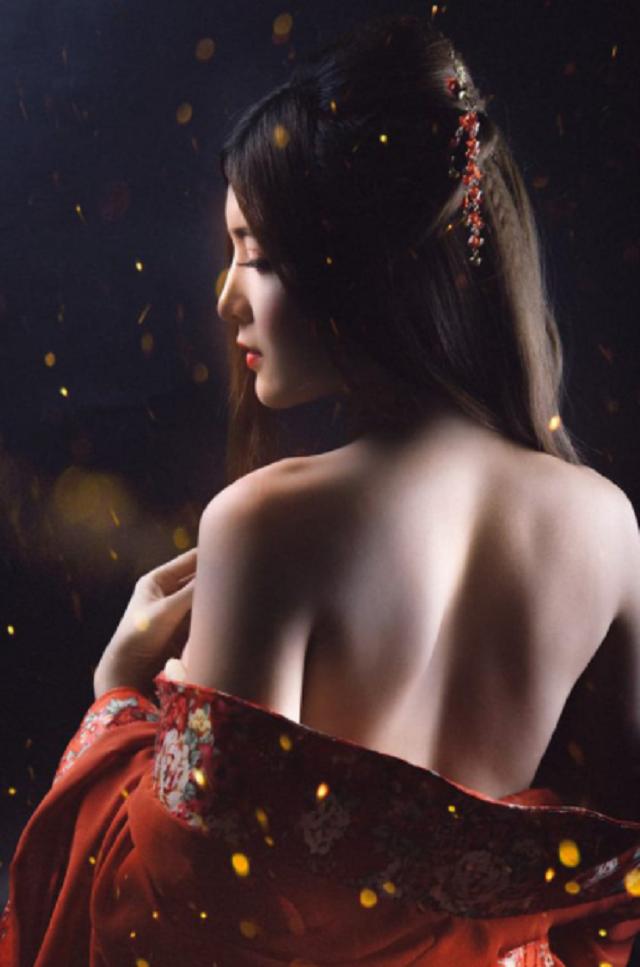 Những bộ ảnh cosplay Điêu Thuyền sexy khiến game thủ không thể rời mắt