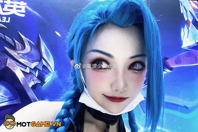 LMHT: Ngắm nhìn bộ ảnh cosplay Jinx cứ như bước ra từ game
